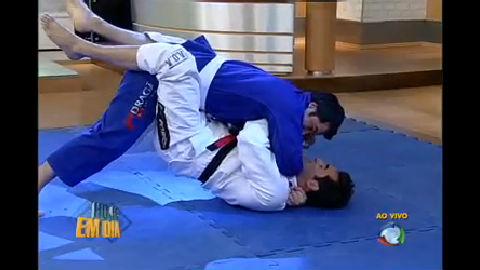 Luciano Szafir vence Edu Guedes no tatame - Entretenimento - R7 ...
