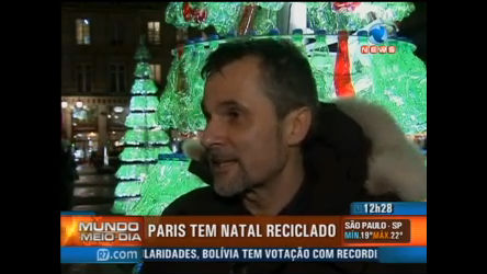 Paris promove Natal reciclado - Record News Play - R7 Mundo ...