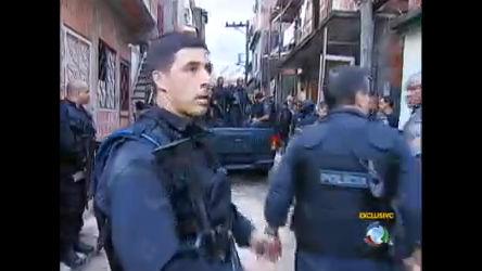 Nova série do Jornal da Record entra em uma das favelas mais ...