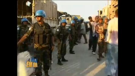 Soldados brasileiros viram heróis em trabalho solidário no Haiti ...