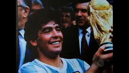 Veja como foi a metamorfose no figurino de Diego Maradona ...