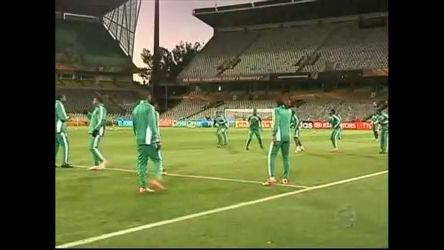 Seleção da Nigéria é punida pelo mau desempenho na Copa ...