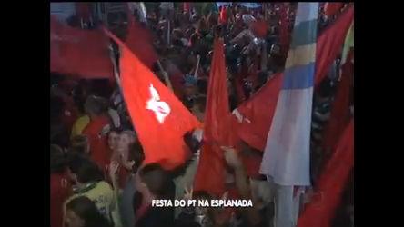 Militantes do PT comemoram em dose dupla na Esplanada dos ...