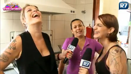 Tricô dos Bróder entrevista secretária da casa da Lele ...