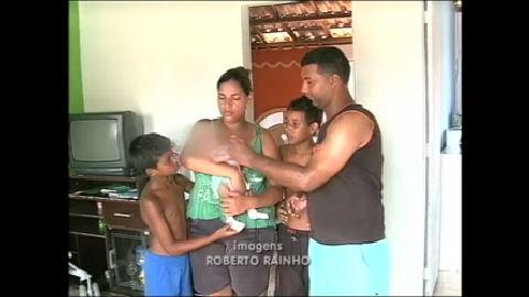 Família reencontra bebê que foi sequestrado dentro de casa no Rio ...