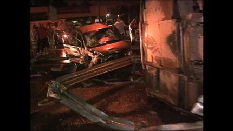 Acidente na Baixada Fluminense leva à resgate dramático - Rio de ...