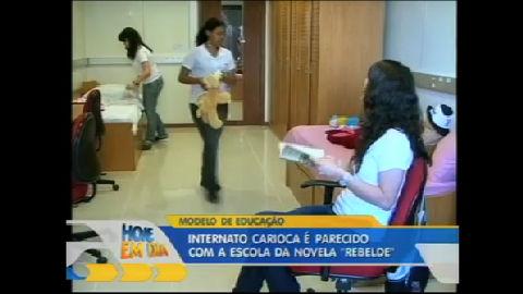 Rio de Janeiro tem uma escola parecida com a da novela Rebelde ...