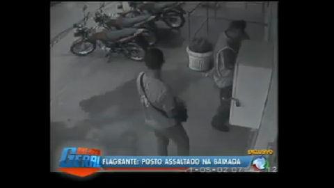 Criminosos fazem reféns durante assalto a posto em Queimados (RJ)