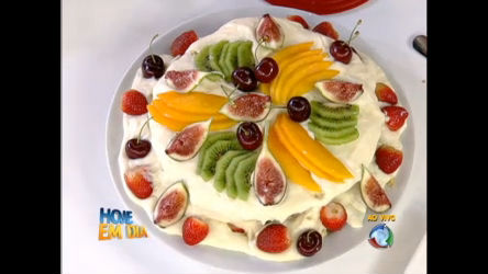 Edu Guedes ensina a fazer massa de bolo especial para alérgicos a ...