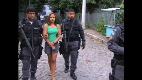 PM prende mulher de traficante em comunidade de Niterói (RJ ...