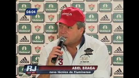 Abel Braga finalmente chega ao Fluminense - Rio de Janeiro - R7 ...