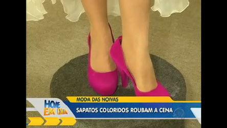 Sapato colorido é a nova tendência entre as noivas ...