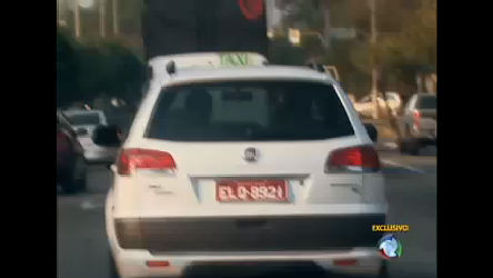 O Brasil do Jeitinho: Reportagem flagra taxistas que enganam ...