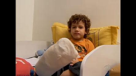 Garoto sofre acidente em escada rolante de shopping de São Paulo ...