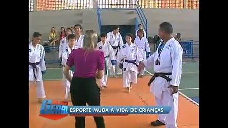 Projeto na Maré ( RJ) forma atletas mirins - Rio de Janeiro - R7 ...