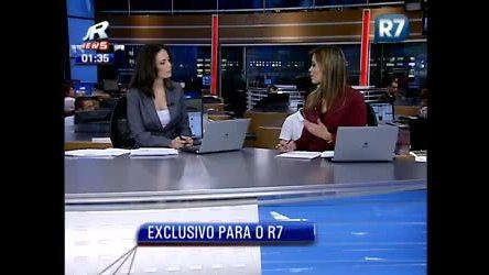 Patrícia Costa e Andrea Beron recebem mensagens dos internautas ...