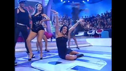 Dança Gatinho: Faro se transforma em Rihanna - Record Play - R7 ...