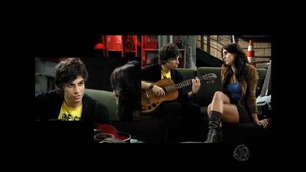 Tomás e Carla cantam no porão, assista! - Rebelde - R7 Fã Clube