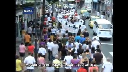 Moradores da zona norte do Rio protestam contra Transcarioca ...