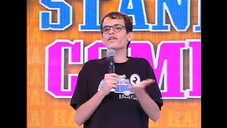 Assista à estreia do 2° concurso de stand-up comedy do Tudo é ...