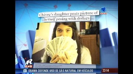 Foto da filha do presidente Hugo Chávez causa polêmica na internet