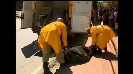 Três homens são fuzilados no meio da rua em Quintino, no Rio ...