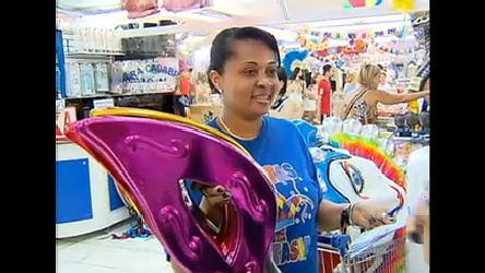 Vendas de fantasias de Carnaval crescem 25% no Brasil em ...