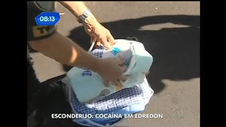 Traficantes escondem droga em edredom - Notícias - R7 SP no Ar