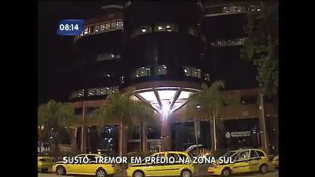Prédio em Botafogo ( RJ) treme e deixa funcionários em pânico - Rio ...