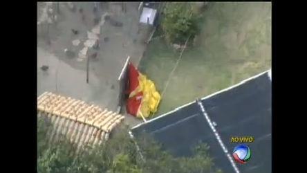 Piloto morre ao cair com paraglider na região metropolitana de Belo ...