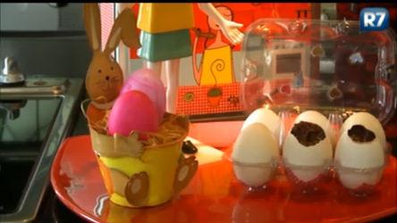 Aprenda a fazer ovos de chocolate para dar de presente nesta Páscoa