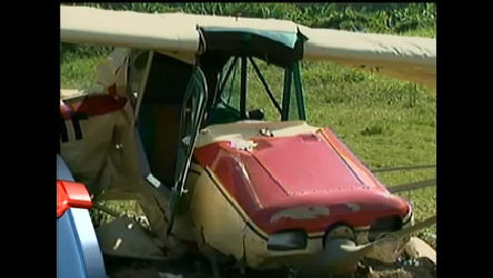 Avião de pequeno porte cai no Vale do Itajaí ( SC) - Notícias - R7 ...