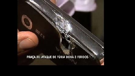 Passageiro em fúria provoca tiroteio em ônibus no Rio - Rio de ...