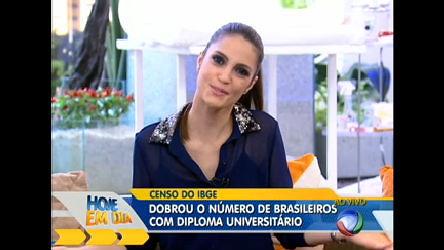 Número de brasileiros com diploma dobra em dez anos ...