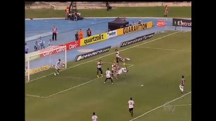 Fluminense faz 4 a 1 no Botafogo e fica com uma mão na taça ...