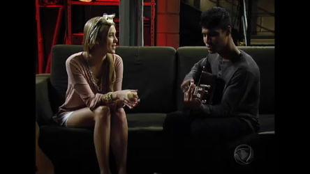Alice e Pedro cantam Ponto Fraco - Rebelde - R7 Fã Clube