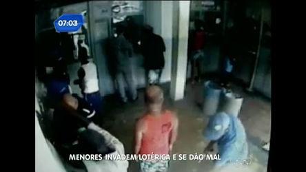 Clientes de casa lotérica rendem assaltantes em Feira de Santana ...