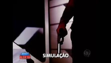 Marcelo Rezende mostra simulação da morte da irmã de Angela ...