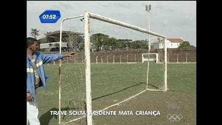 Garoto morre depois de cair de trave de futebol no interior paulista ...