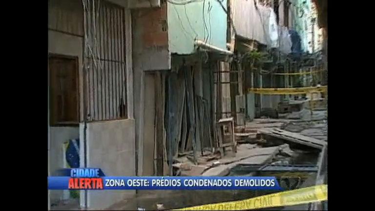 Começa demolição de prédios condenados na zona oeste do Rio ...