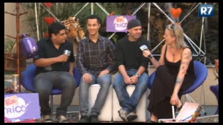 Ex- Tricô recebe amigo de Vavá e Nicole - Entretenimento - R7 ...