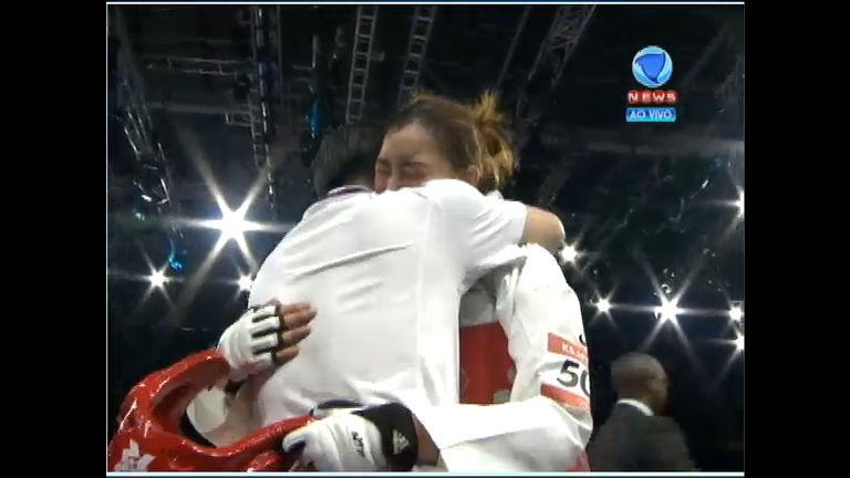 Sul-coreana é bicampeã olímpica no taekwondo categoria 67 kg ...