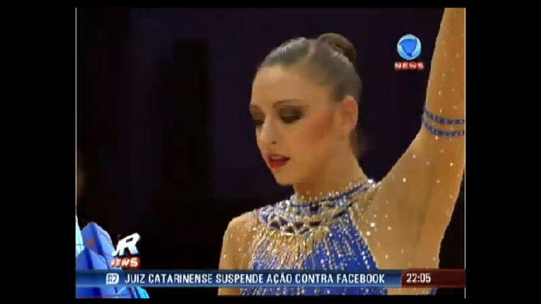 Ginasta russa bicampeã olímpica garante ouro e entra para história ...