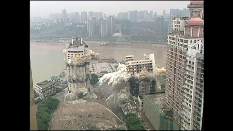 China realiza a maior demolição da história do país - Notícias - R7 ...