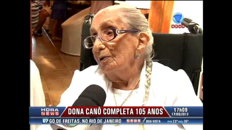 Dona Canô completa 105 anos ao lado de familiares e amigos na ...