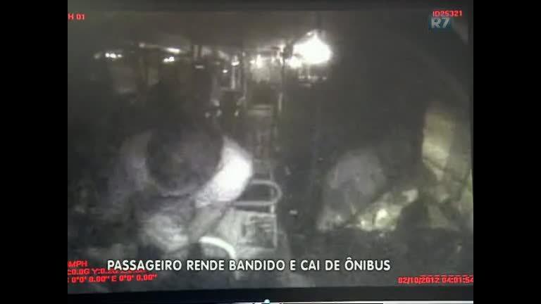 Câmeras flagram assalto que terminou com motorista de ônibus ...