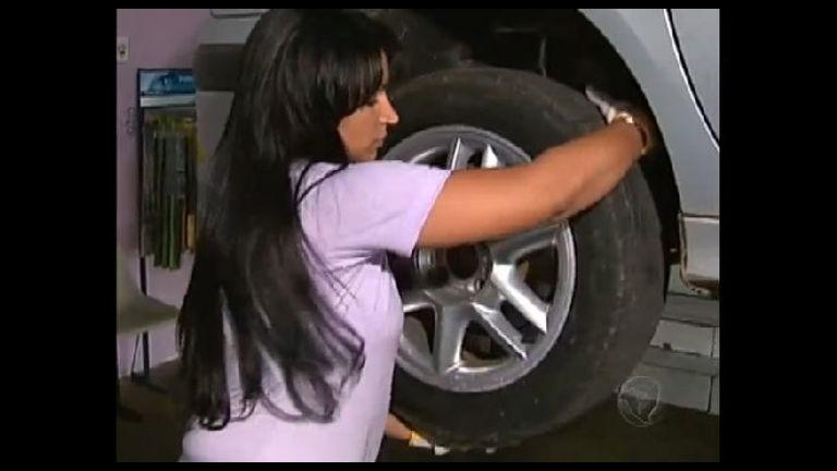 Mulheres comandam oficina mecânica em Ceilândia (DF) - Notícias ...