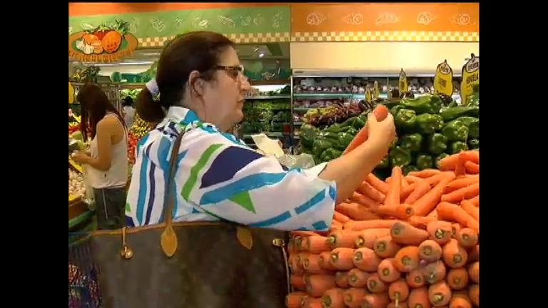 Falta de chuva faz o preço dos legumes disparar no Rio de Janeiro