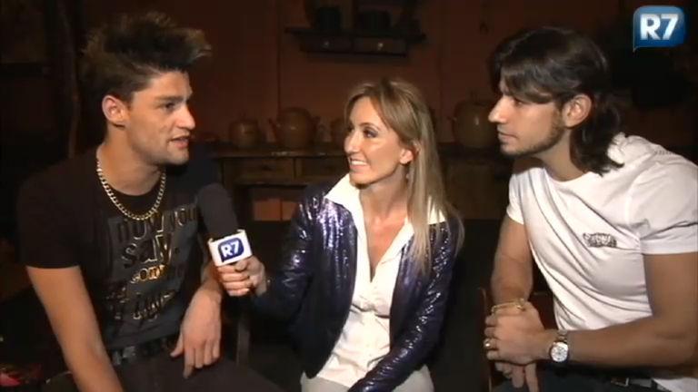 Ídolos Online entrevista a dupla Munhoz e Mariano, do Camaro ...