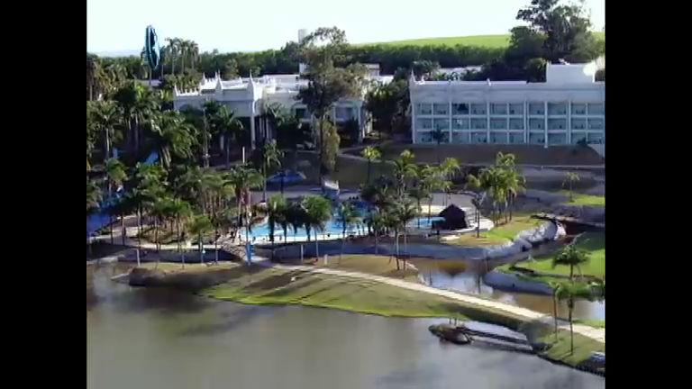 Conheça o resort onde vai acontecer a nova fase do Ídolos 2012 ...